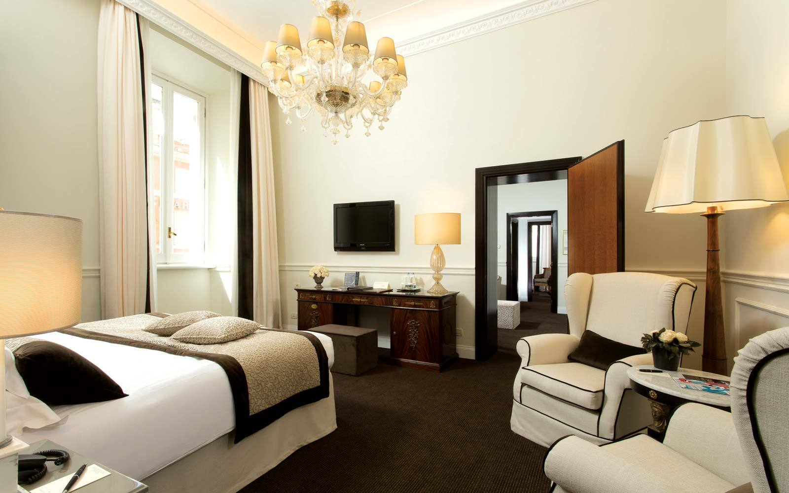Hotel 5 Stars Luxury In Rome Suite Alfieri